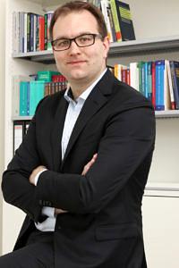 Dr. Michael Jungert