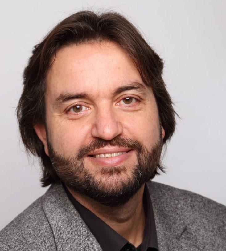 Prof. Dr. Holger Schulze